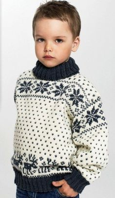 Жаккардовое вязание с Ксенией Максимовой. МК Knitting For Kids, Baby Knitting, Baby Sweater Knitting Pattern, Knitted Baby Clothes, Fair Isle Pattern, Boys Sweaters, Kids And Parenting, Leo, Christmas Sweaters