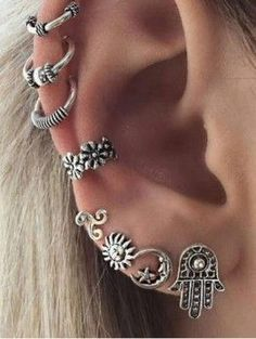 Brincos Vintage Bohemia Sun Moon Silver Earrings Fashion Jewelry No pierced Ear Cuff Clip Earrings For Women Bijoux Piercings Bonitos, Ear Jewelry, Body Jewelry, Jewelry Shop, Skull Jewelry, Hippie Jewelry, Jewelry Ideas, Jewelry Gifts, Fine Jewelry
