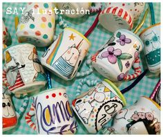 ★ Mates ★ Porcelana pintada a mano • handpainted porcelain • SAY ilustración Easy Craft Projects, Ceramic Pottery, Tea Cups, Coffee Mugs, Kitchen, Crafts, Painting, Painted Porcelain, Painted Pottery