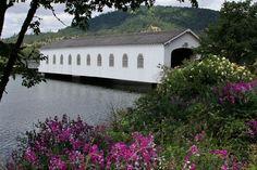 Lowell Covered Bridge. Willamette Valley, Oregon 1874. Photo: Wayne Fernandez