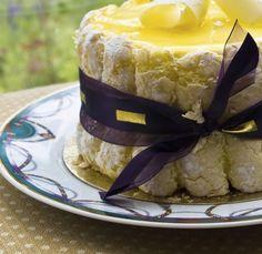 Charlotte Cake, Good Charlotte, Cupcake Recipes, Cupcake Cakes, Snack Recipes, Cinnamon Cream Cheese Frosting, Cinnamon Cream Cheeses, No Cook Desserts, Fall Desserts