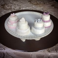Mini wedding cakes  #instafood #ilas #ilasSweetness  https://www.facebook.com/ilascake