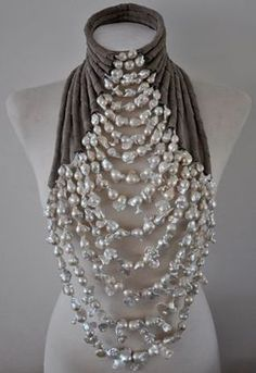 Wouldn't this be amazing with a long black strapless dress for a fancy party? Delores de Jong necklace for the haute couture fashion show by Mart Visser, The collier is made of white baroque pearls and suede. Jewelry Accessories, Fashion Accessories, Jewelry Design, Fashion Jewelry, Fashion Necklace, Diy Schmuck, Schmuck Design, Statement Jewelry, Jewelry Necklaces