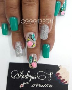 Publicación de Instagram de andryuss_nails • Jun 2, 2017 at 4:31 UTC Cute Spring Nails, Summer Nails, Love Nails, Pretty Nails, Luminous Nails, One Stroke Nails, Magic Nails, Butterfly Nail, Green Nails