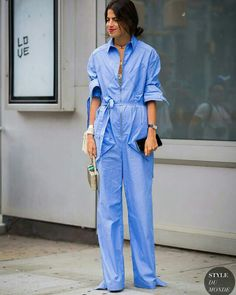 New York Fashion Week SS 2016 Street Style: Leandra Medine Rosie Assoulin jumpsuit Street Style Chic, Style Désinvolte Chic, Street Style 2016, Leandra Medine, Casual Chic, New Yorker Mode, Street Looks, Foto Fashion, Popular Outfits