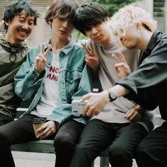 BUMP OF CHICKEN Beautiful Boys, Japanese, Guys, Couple Photos, Musicians, Rock, Children, Life, Fashion