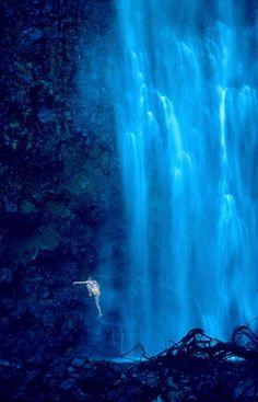 Hawaii has the most amazing waterfalls...