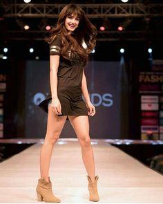 "15.9k Likes, 83 Comments - National Crush Of India  (@disha_patani_world) on Instagram: ""Night fans of @dishapatani Follow  @dishhapatanii -------------------------------------- #Cute…"" #dishu"