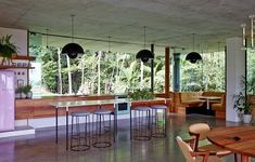 Tropical home nestled amongst treetops in Queensland - Jesse Bennett and Anne-Marie Campagnolo (5)
