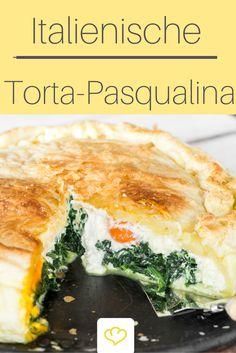 Italienische Spinattorte: Torta Pasqualina Diese herzhafte Torte wird in Ligurien traditionell zu Ostern zubereitet und über die Feiertage angeboten und verputzt. Sie wird mit Spinat, Ricotta und Eiern gefüllt und schmeckt auch kalt wunderbar lecker. Die Zubereitung nimmt etwas Zeit in Anspruch, aber das Ergebnis kann sich nicht nur sehen, sondern auch schmecken lassen! Also, buona (torta) pasqua(lina)!