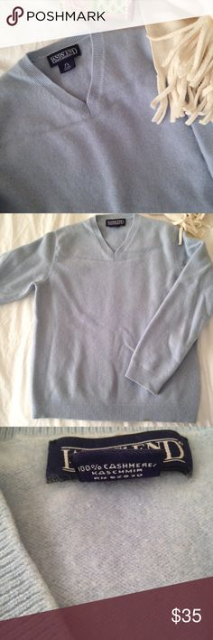 🌲Lands End🌲 100% cashmere sweater!!! Lovely Land's End 100% cashmere sweater in a gorgeous light blue color. This sweater is so beautiful and warm! It has a very nice weight to it. Great overall condition, minimal piling, but there is small stain on the bottom band (see photo). Size XS Lands' End Sweaters V-Necks