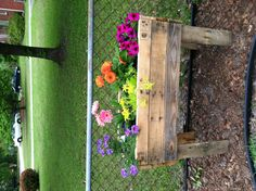 Pallet flower box...
