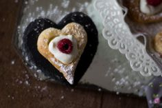 Puff pastry hearts with yogurt and raspberries for Vatentine Day
