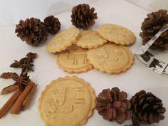 Kekse mit Keksstempel backen #Cookies #Christmas #Weihnachten #Kekse #Plätzchen #Gebäck #backen