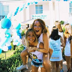 Sweet home Kappa Kappa Gamma Sorority Bid Day, College Sorority, Kappa Kappa Gamma, Sorority Sisters, Sorority Outfits, Sorority Recruitment, Sorority Life, Delta Gamma, Sorority Pictures