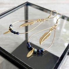 Boucles d'oreilles bohème chic pendentif goutte avec plume or Diy Jewellery, Jewelry, Bracelets, Hoop Earrings, Boutique, Fashion, Stud Earrings, Hobo Chic, Gout