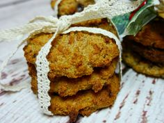 Healthy Chocolate and Almond Spiced Cookies | Niomi Smart