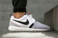 Nike Roshe!!! Why isn't this in my collection?