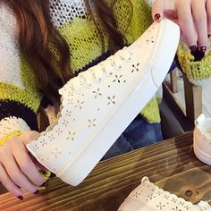 2017 Casual Shoes Breathable White Shoes Leisure Flats Breathable Woman Female Flat Heel Student Girl Shoes Tenis Feminino 5-8