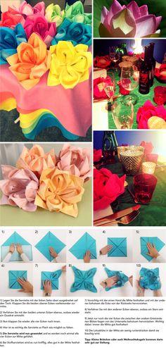 Damit du die Servietten nicht einfach so auf den Tisch schmeissen musst, findest du hier eine Anleitung, wie du sie in schöne Lotusblumen verwandeln kannst.