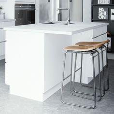 Cuisine Mano Classic – Un néoclassique au design danois | kvik.fr Amai, Decoration, New Kitchen, Bar Stools, Dreams, Table, Furniture, Home Decor, Hands