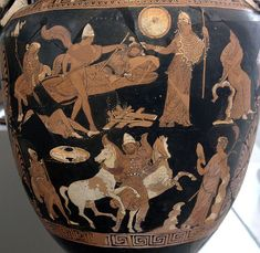 """Odysseus and Diomedes stealing the horses of Rhesus. Side A of the """"Rhesos krater""""Apulian red-figure krater, ca. 340 BC. Darius Painter. Altes Museum, Berlin, Germany"""