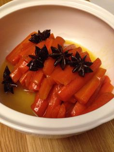 All i can say is W.O.W. !!!!! I saw Tom Kerridge making star anise carrots recipe on TV last week and just had to try it for Christmas Day. I wasn't sure whether to take the risk but oh boy was it ...