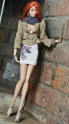 """dollsalive fashion royalty,FR2 """"TheEclectic"""" outfit, leather boots ,bag"""