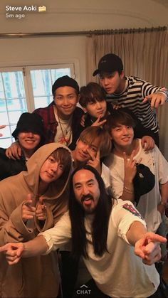 "BTS posting with ""Jesus"". Sorry he's Steve Aoki. Bts Taehyung, Bts Bangtan Boy, Bts Jimin, K Pop, Foto Bts, Boy Scouts, Beatles, K Drama, Bts Group Photos"