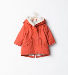 Discover the new ZARA collection online. The latest trends for Woman, Man, Kids and next season's ad campaigns. Luxury Baby Clothes, Cute Baby Clothes, Kids Clothing Canada, Toddler Outfits, Girl Outfits, Hooded Parka, My Baby Girl, Baby Girls, Kind Mode
