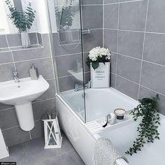 Simple Bathroom Designs, Modern Bathroom Design, Bathroom Interior Design, Interior Decorating, Grey Interior Design, Design Interiors, Decorating Tips, Bad Inspiration, Shower Inspiration