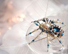 Купить Брошь - паук - темно-бирюзовый, украшение насекомые, уникальный подарок, подарок для нее, уникальное украшение