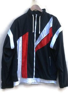 Vintage 80s WINDBREAKER NYLON Colorblock Assymmetric black+red+white L  1980s VINTAGE nylon WindbreakerJacket aa9dec3af