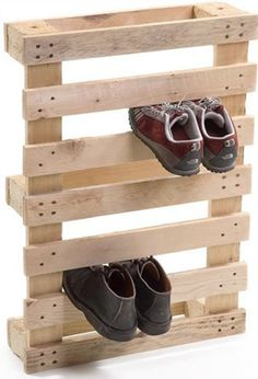 pallet storage when camping, for outside tent or trailer.