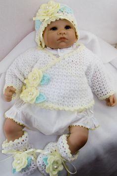 Free+Crochet+Sweater+Patterns for preemie baby or doll Preemie Crochet, Crochet Bebe, Knit Crochet, Free Crochet, Crochet Doll Clothes, Crochet Dolls, Baby Patterns, Crochet Patterns, Baby Dolls