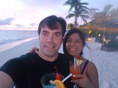 Sri Lanka y Maldivas es el recorrido que han hecho nuestros novios. Sheila y Jorge están disfrutando de este paraíso.  ¡Una gran idea para tu viaje!  #SriLanka #Maldivas #viajedenovios #lunademiel #relax #playaparadisiaca #amor #love Sheila E, Asia, Sri Lanka, Relax, Love, The Maldives, Honeymoons, So Done, Travel