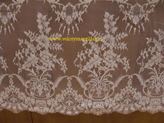 Mantilla de novia rectangular.