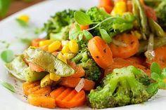 Olá um ótimo final de semana à todos!!!! E comam muitos legumes e frutas para manterem a boa forma! Na segunda tem vídeo novo no canal! #youtube #youtubers #receitasaudavel #korin #receitafit #receita by chefangelafesta http://ift.tt/1TwtD8M