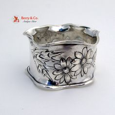 Art Nouveau Floral Napkin Ring International 1900 Sterling Silver