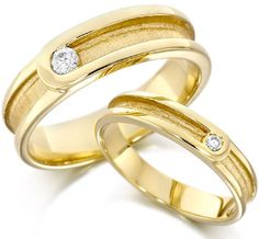 Gorgeous Yellow Gold Wedding Rings in Adorable Design Style Engagement Rings Under 500, Black Gold Engagement Rings, Wedding Rings Sets Gold, Wedding Ring Designs, Engagement Ring Styles, Wedding Rings For Women, Wedding Ring Bands, Rings For Men, Weding Ring