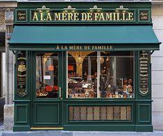 A La Mère de Famille - A new A La Mère de Famille candy shop has just opened in at 70 Rue Bonaparte, Paris, France VI. The original store on the Rue du Faubourg Montmartre, was founded in over 250 years ago! Cafe Design, Store Design, Boutiques, Rue Bonaparte, Café Bar, French Cafe, Belle Villa, Paris Ville, Cafe Shop