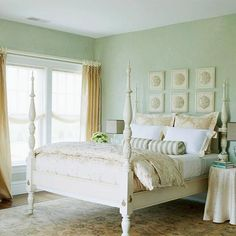 Pretty seaside decor--another great room in my imaginary coastal cottage.