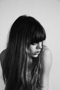Frange et carré long tendance - coupe de cheveux pour cheveux longs