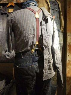 Ditch the Hoodie: Men's Rugged Style Photos) - Suburban Men Denim Jeans, Raw Denim, Americana Vintage, Vintage Denim, Vintage Style, Rugged Men, Rugged Style, Denim Fashion, Fashion Outfits
