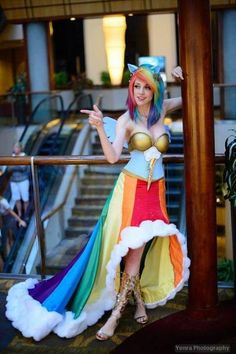 Amazing Rainbow Dash galloping gala gown  ( i wish i was that cool) that is her dress!!