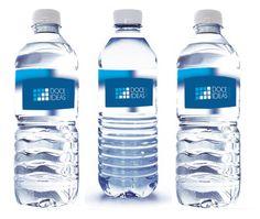 Botella de agua con etiqueta personalizada. Etiqueta transparente,muy bonito. www.regalos-publicidad.es