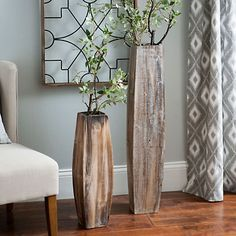 Complement the minimalist styling of your home decor with our Whitewashed Oblong Wooden Vases. Their natural wood design brings a warm feeling into any room. Floor Vase Decor, Tall Floor Vases, Vases Decor, Tall Vase Decor, Wooden Vase, Wooden Decor, Old Vases, Large Vases, Antique Vases