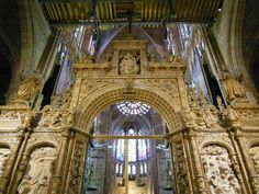 Interior de la #Catedral de #Leon (#CastillaYLeon - #España). http://www.europeosviajeros.com