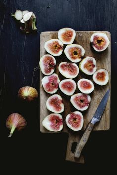 Figs and Ricotta Cheesecake Popsicles