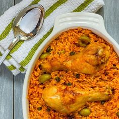 Arroz con Pollo (Puerto Rican Rice with Chicken) Recipe - Emily Farris Puerto Rican Recipes, Rice Recipes, Mexican Food Recipes, Crockpot Recipes, Chicken Recipes, Cooking Recipes, Ethnic Recipes, Steak Recipes, Recipies